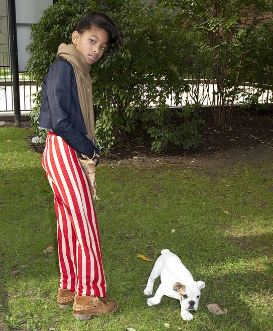 Willow Smith has a pet and she is a bulldog